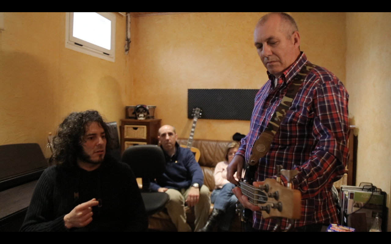 Captura de pantalla 2015 03 04 a las 11.19.16 - La Desbanda: El único grupo de música formado por personas con párkinson