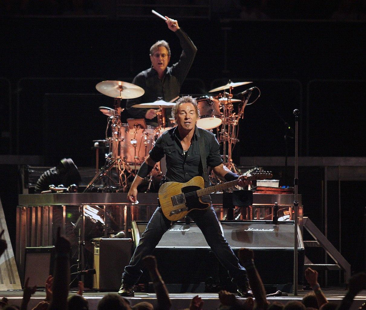 1211px Bruce Springsteen 20080815 - Bruce Springsteen y la corriente psicoanalítica